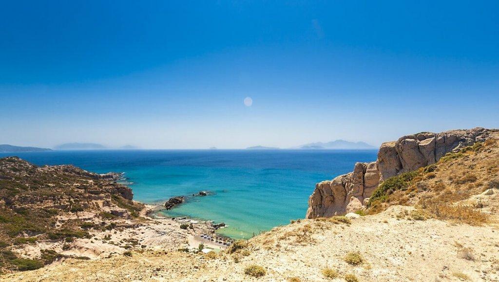 f860c7fa742 ... направете екскурзия до остров Marathonissi или просто седнете в един от  плажните барове и се насладете на прекрасната почивка в Гърция.